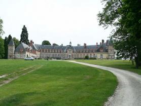 Chateau de neuville a gambais 800x600 visuel large
