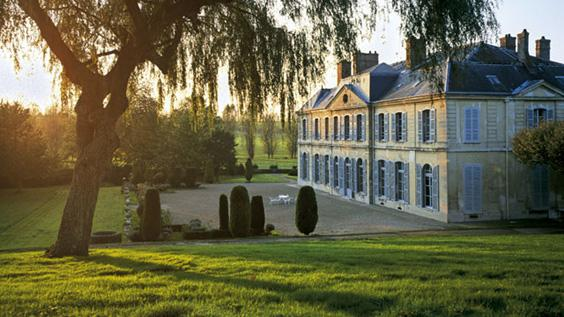 Chateau grand maison