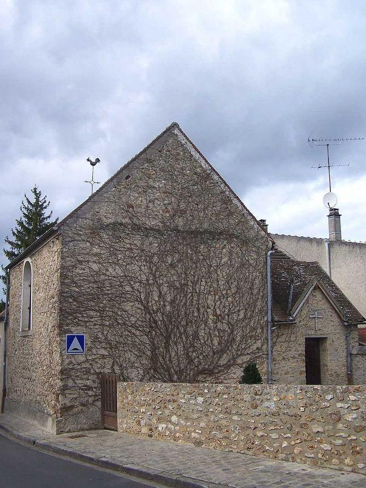 Maincourt eglise 1